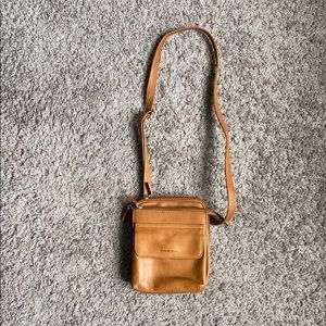 Fossil crossover tan bag